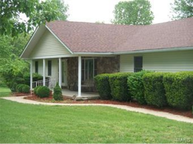 Coldwell Banker Reeves, Listing Agent Peggy Bryant in Sullivan ...